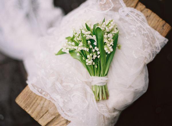 Конвалія на весіллі