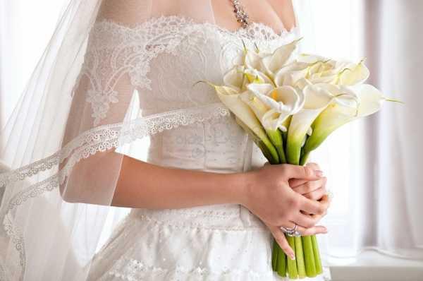 весільний букет із каллів