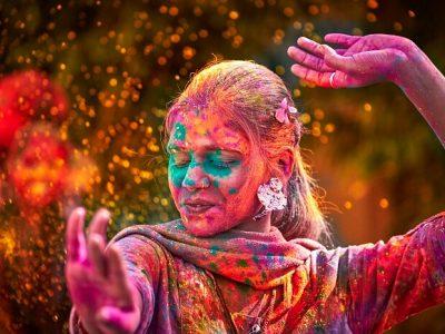 10 найдивовижніших та найколоритніших фестивалів світу