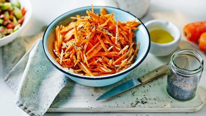 10 смачних та оригінальних салатів з моркви