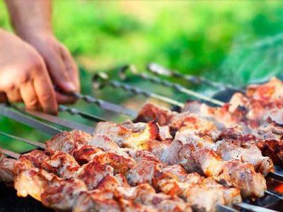 Всі на пікнік: топ-10 маринадів для шашлику
