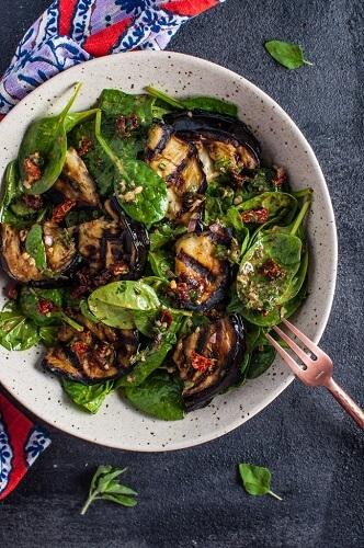 10 нестандартних та оригінальних овочевих салатів