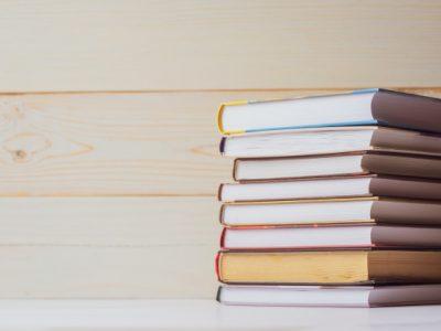 Літературна абетка: 60 кращих сучасних книг від А до Я