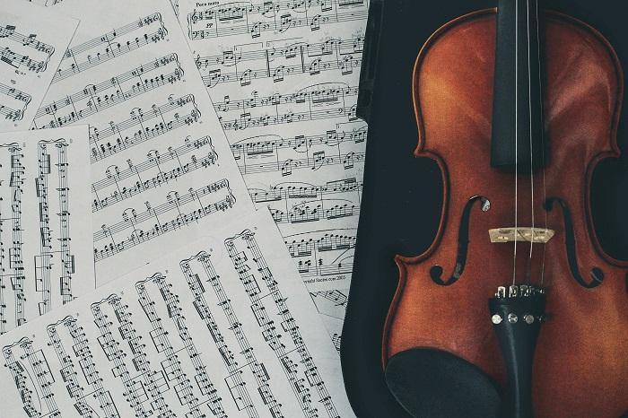 Топ-10 композиторів сучасності, чия музика заворожує