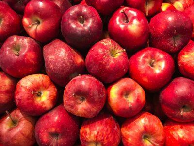 6 соковитих фактів про яблука