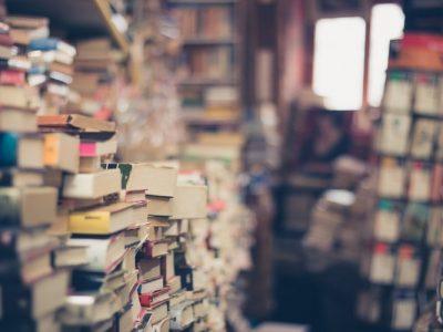 5 книг, після яких життя перевернеться з ніг на голову