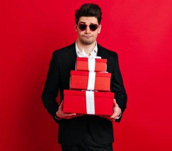 Топ 5 новорічних подарунків для чоловіка