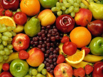Які вибрати? Топ 10 корисних властивостей фруктів